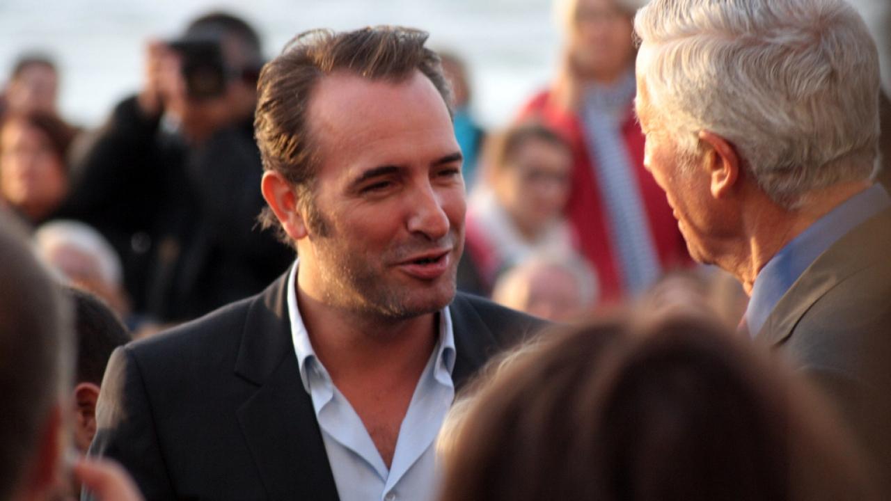 Jean dujardin arrogant et pr tentieux for Dujardin dernier film