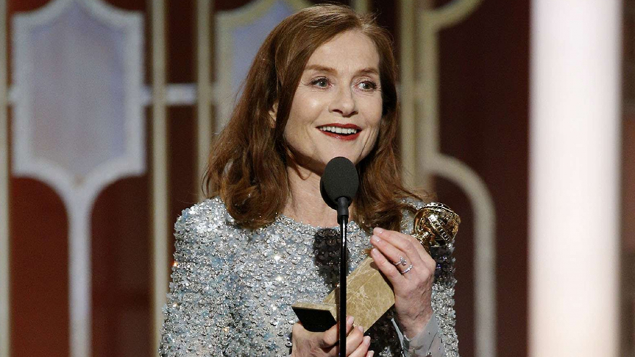 le sacre d 39 isabelle huppert aux golden globe. Black Bedroom Furniture Sets. Home Design Ideas
