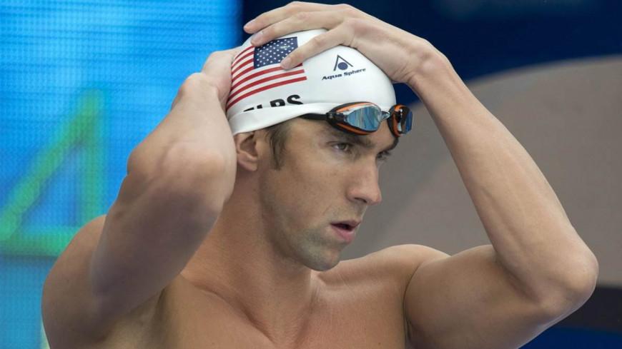 Insolites : La nageur Michael Phelps va faire une course contre un requin.