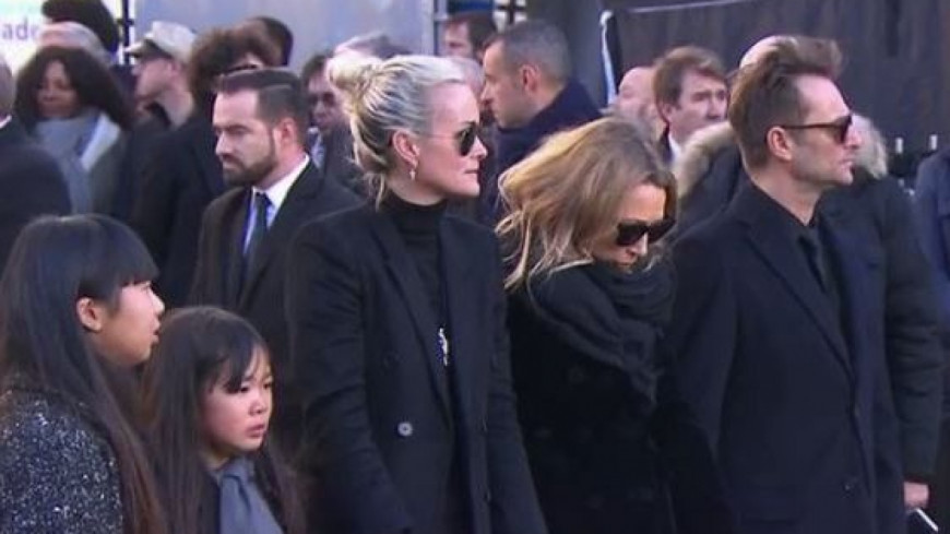 tension famille hallyday
