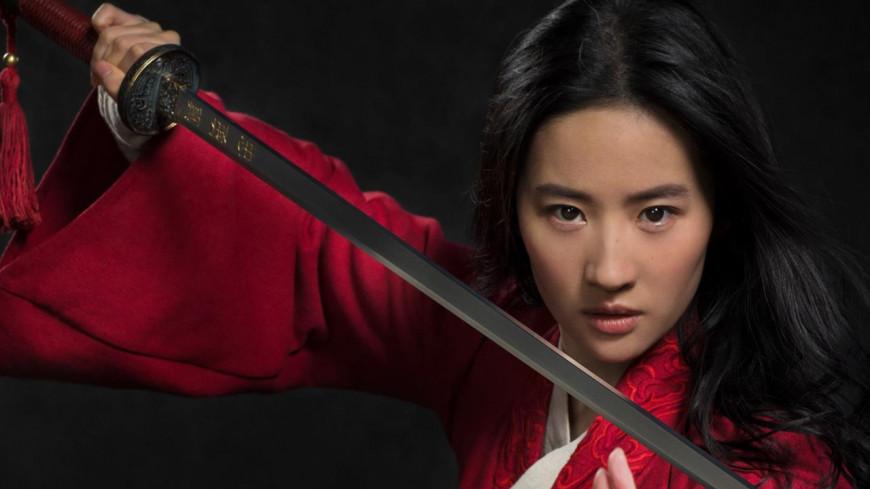 """Disney dévoile la bande-annonce du remake live de """"Mulan"""" !"""