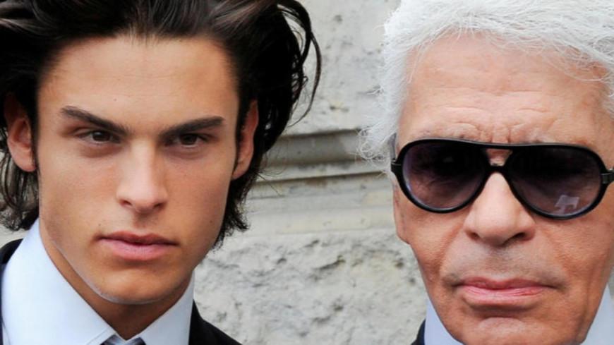 Baptiste Giabiconi rend un hommage touchant à Karl Lagerfeld