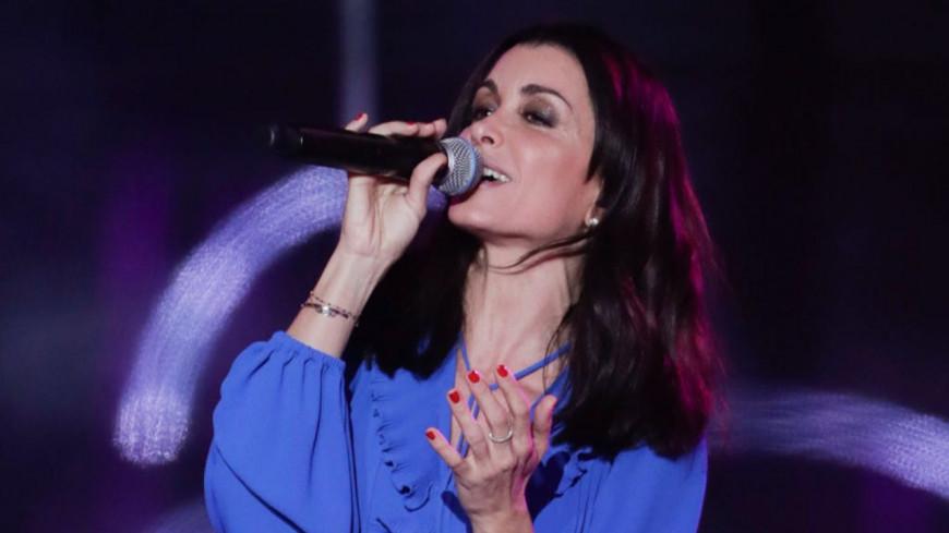 En plein concert, Jenifer arrête une bagarre entre deux spectateurs (vidéo)