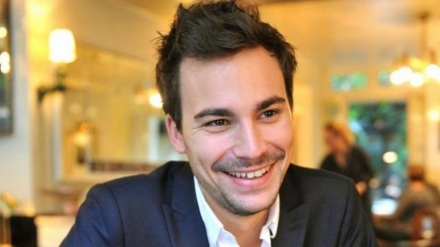 Bertrand Chameroy se moque de Gilles Verdez dans sa nouvelle émission