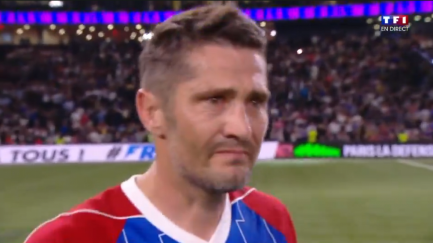 Bixente Lizarazu craque à la fin du match France 98 vs Fifa 98