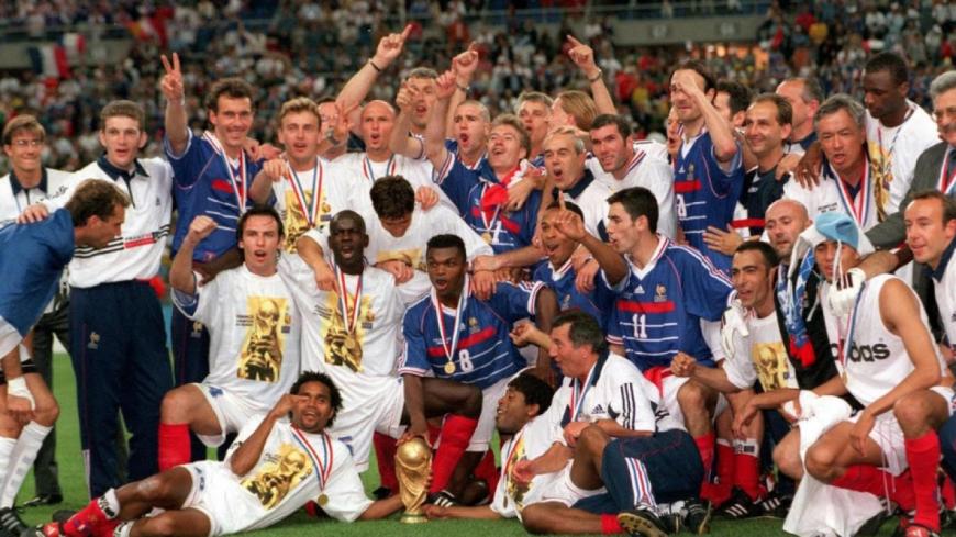 Vingt ans après, revivez la victoire des Bleus lors de la Coupe du Monde de 1998