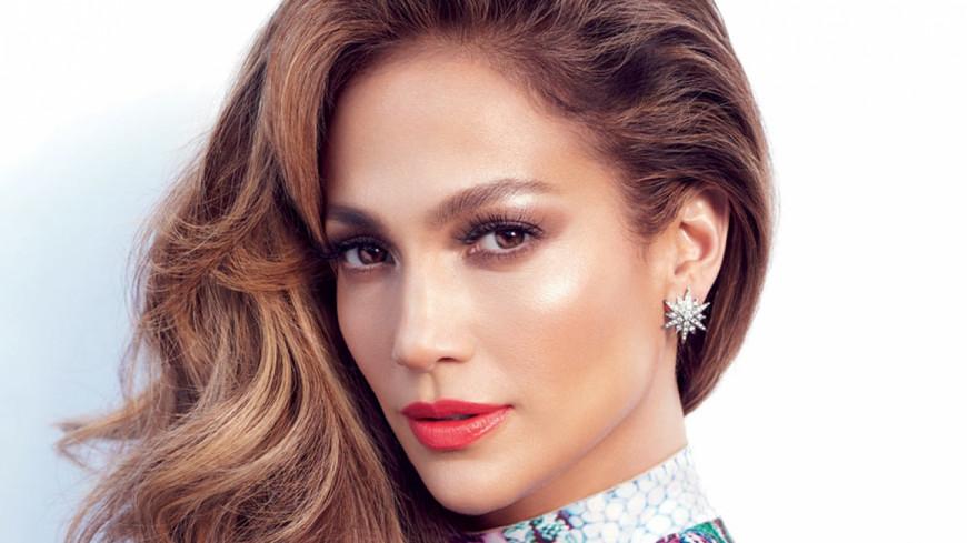 [Vidéo] Jennifer Lopez vient en aide aux victimes de l'ouragan Maria