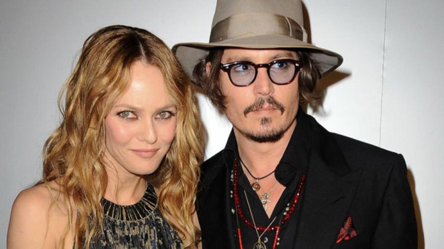 Vanessa Paradis rejoint Johnny Depp aux Bahamas !