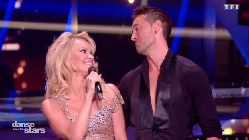 Pamela Anderson éliminée de DALS… Son chéri lui fait une belle surprise !