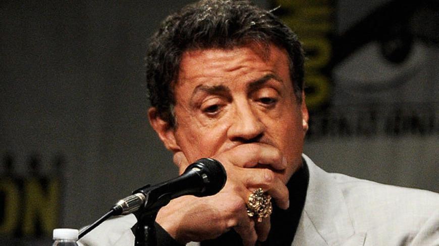 Sylvester Stallone répond aux rumeurs sur sa mort
