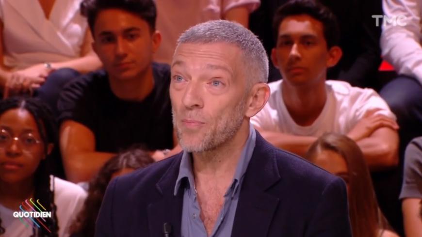 Vincent Cassel, ému aux larmes, parle de son père dans Quotidien