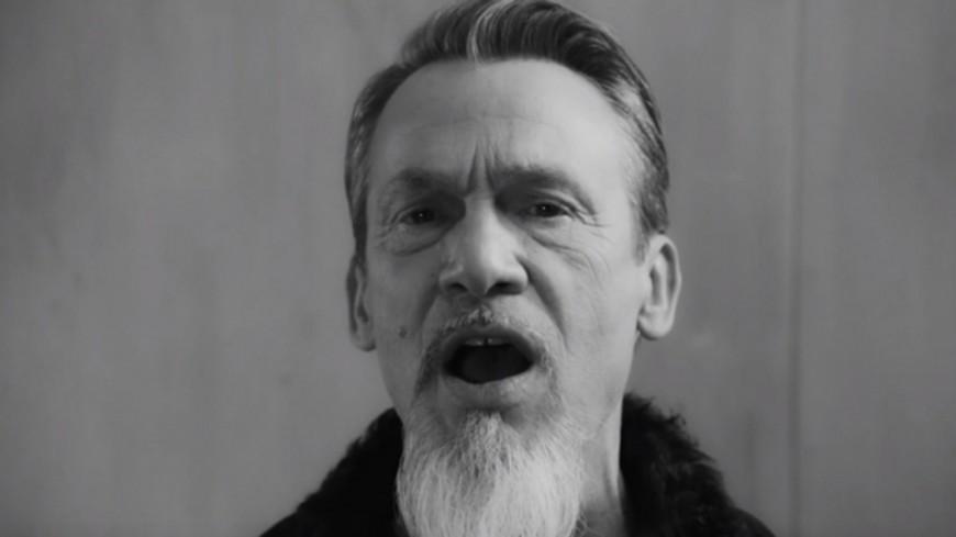 """Découvrez le nouveau clip de Florent Pagny """"Noir et blanc"""""""