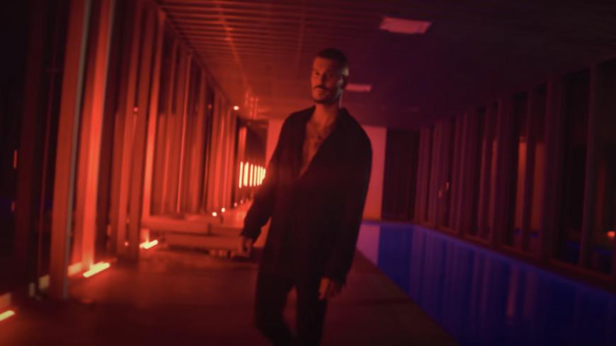 """Découvrez  """"Danse avec moi"""" le nouveau clip de MPokora !"""