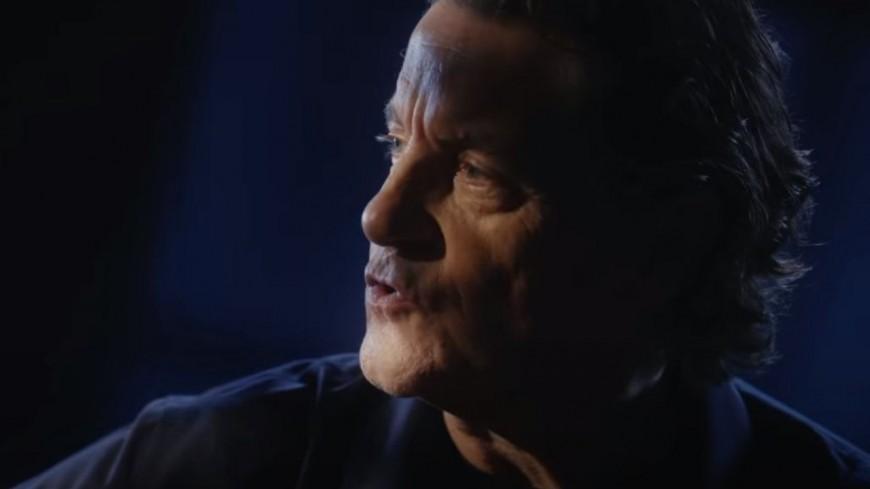 """Francis Cabrel, le clip """"A l'aube revenant"""""""